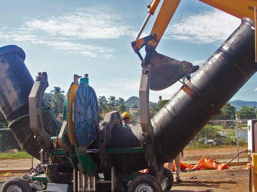 Rehabilitación de la tubería de descarga submarina de la  antigua estación de bombeo Campo Ajuro. Edo. Sucre. Venezuela. Año 2007.